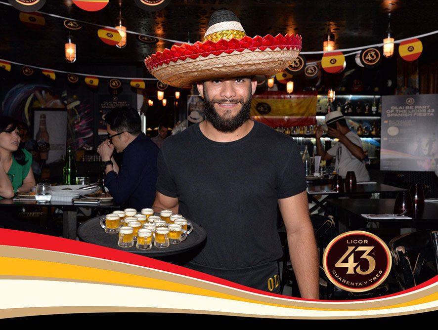 Licor 43 Spanish Fiestas bar staff